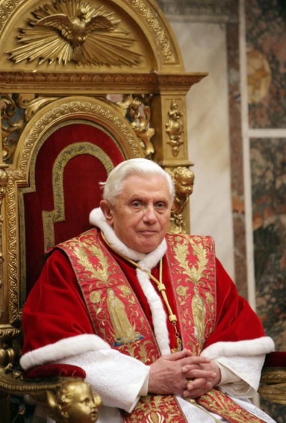 Pope_Benedict_XVI_2